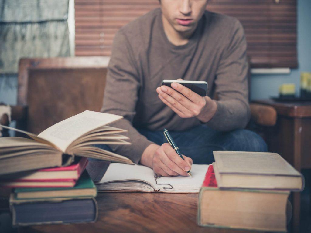 học tiếng anh online qua điện thoại